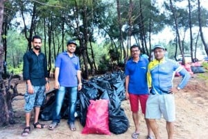 Ride to Sasihithlu participating in Beach cleaning campaign